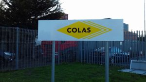Colas sign post